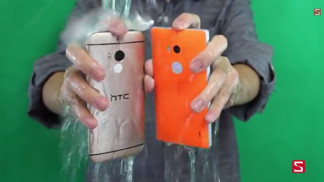 ice bucket challenge galaxy s5 htc one m8 lumia 930